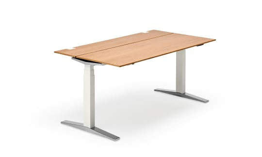 TABLE.T - Desks with maximum convenience