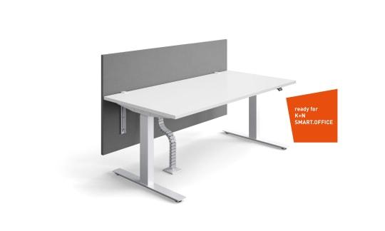 ACTIVE.T - Le poste de travail assis-debout favorise la mobilité des employés.