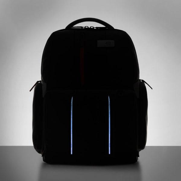 Piquadro Urban Fast-Check LED Laptoprucksack 44 cm Produktbild Bild 8 L