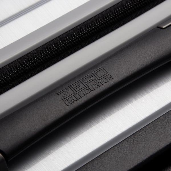 Zero Halliburton Geo Polycarbonate 4-Rollen-Trolley 72 cm Produktbild Bild 8 L