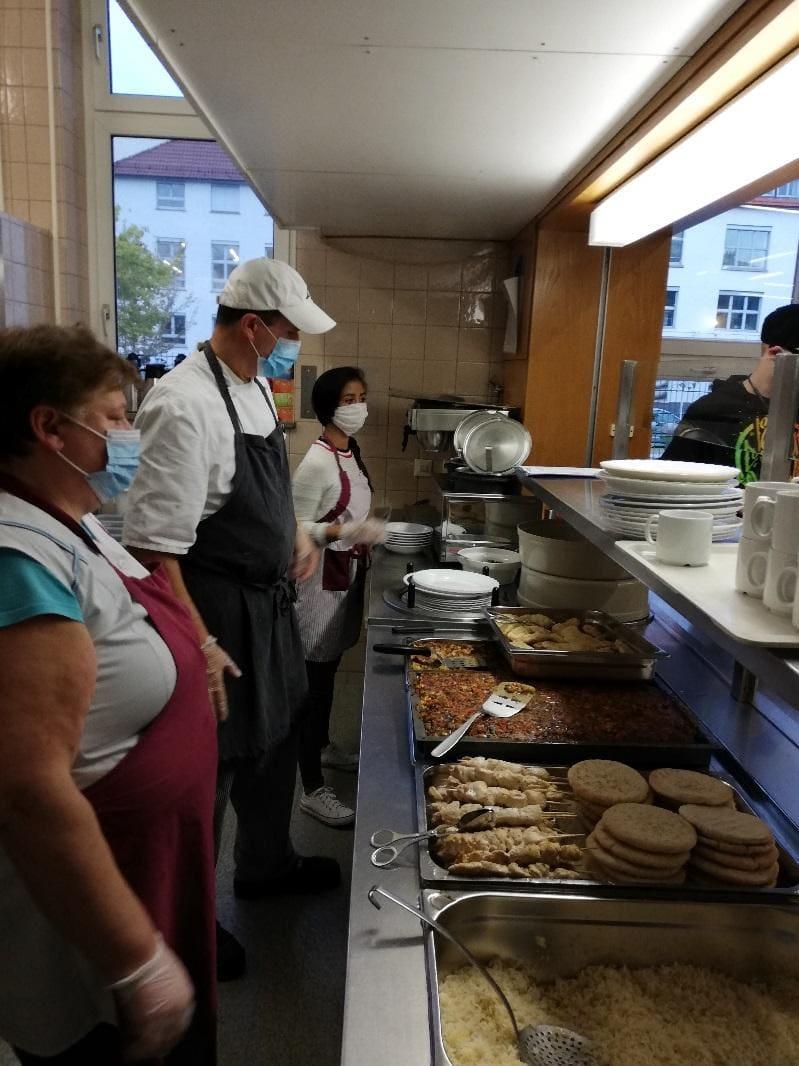 2020-10-07-internationales-buffet-im-rahmen-der-30-interkulturellen-woche-in-reutlingen-1