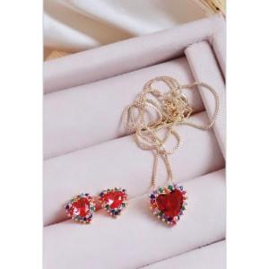 Conjunto de coração vermelho com colorido