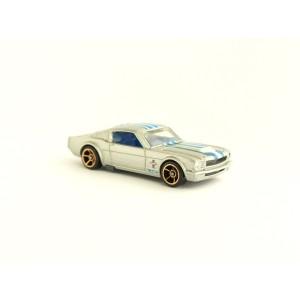 1965 Mustang Fastback - R7557