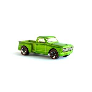 Custom '69 Chevy - J3422