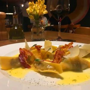 Mappa d'Italia: A Lombardia pelas mãos virtuosas da Casa Santo Antonio Restaurante