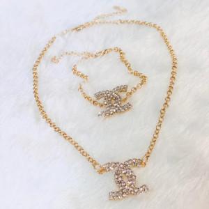 Conjunto Gold Inspired Chanel