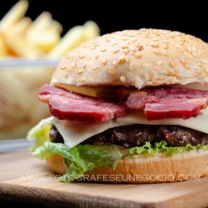 Fotografia de gastronomia realizada em uma hamburgueria