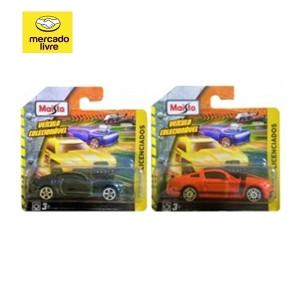 Combo Muscle Cars Mustang/Camaro - Maisto