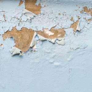 Você sabe quais são as causas da presença de umidade nas edificações?