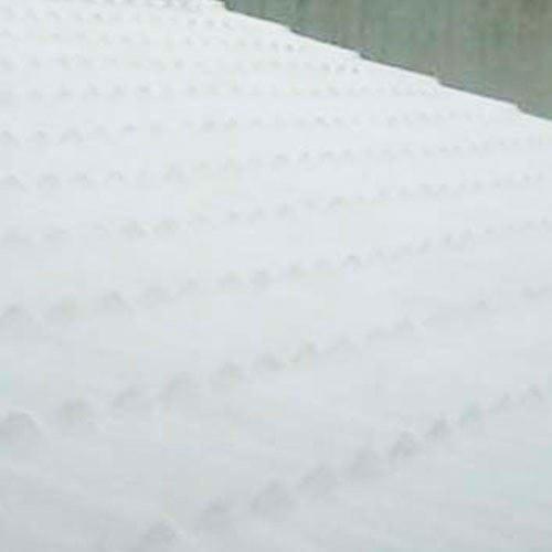 Uma solução para o seu telhado que você não esperava: Manta Líquida e Véu de Poliéster.