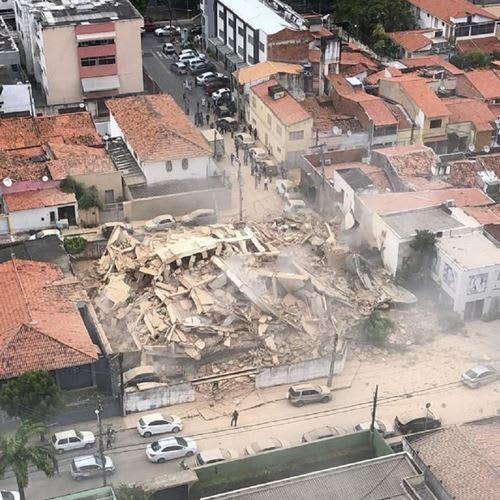 Bombeiros confirmam segunda morte em desabamento de prédio em Fortaleza