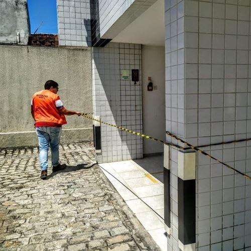 Defesa Civil interdita edifício por evolução de rachaduras
