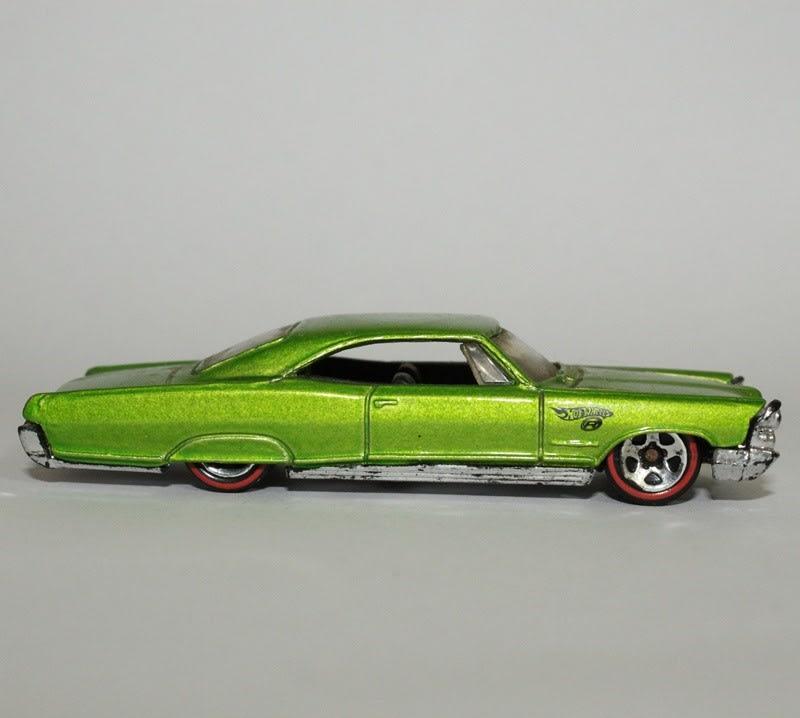 65 Pontiac Bonneville - G6826