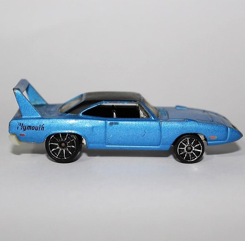 70 Plymouth Superbird - J3242