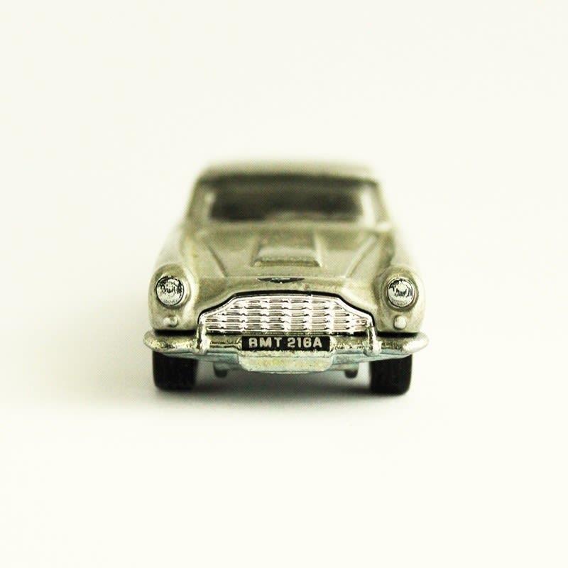 Aston Martin 1963 DB5 - James Bond 007 - CGB79