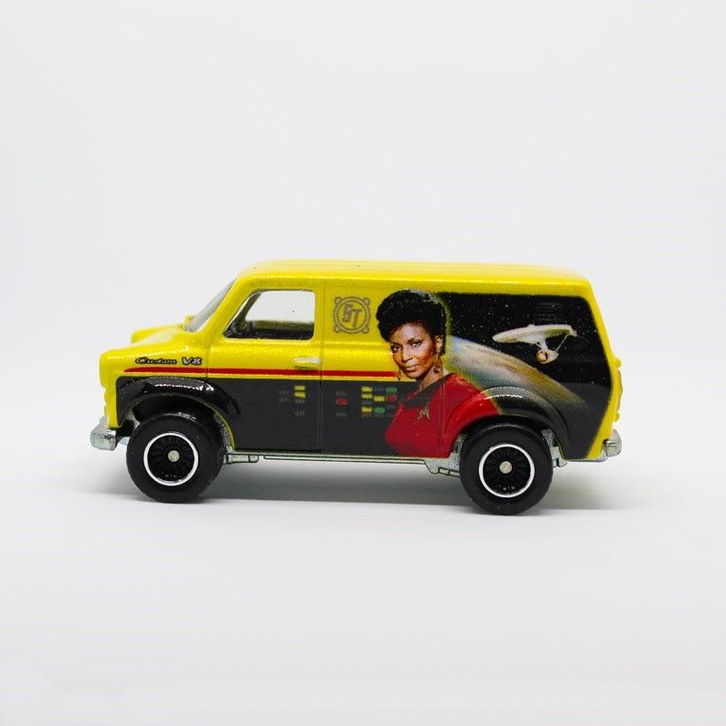 Ford Transit Supervan - DJG78