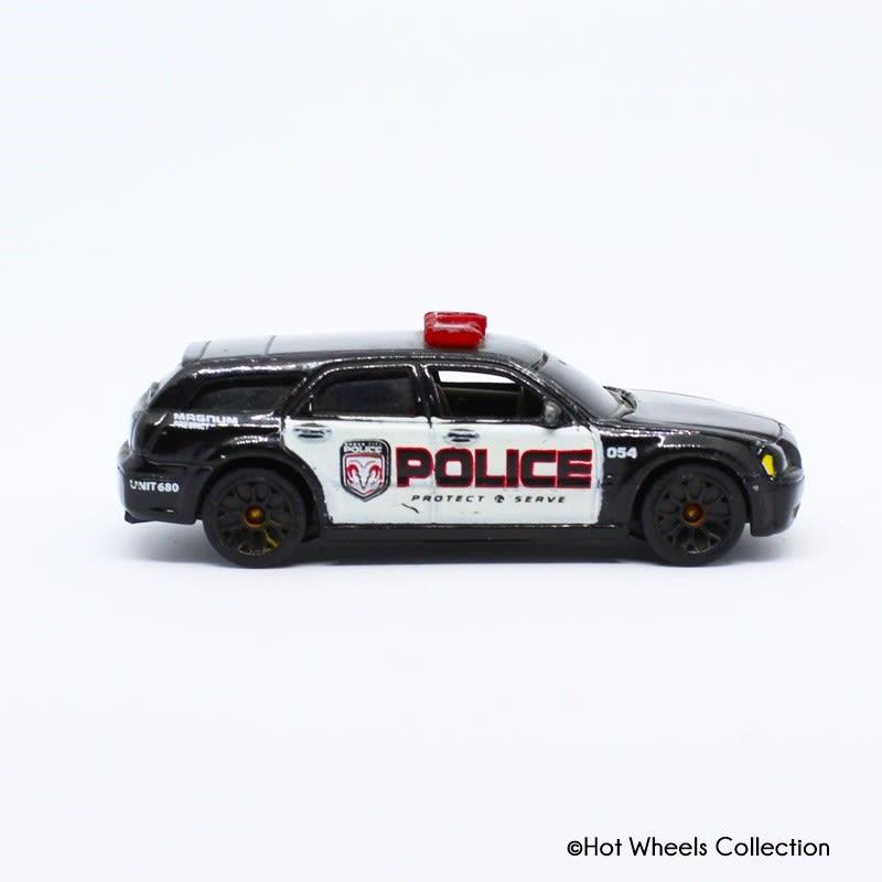 Police Car - Dodge Magnum - H2159