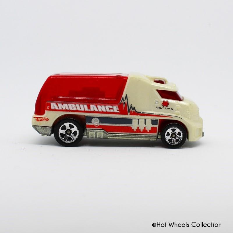 Ambulance - Rapid Response - R0935