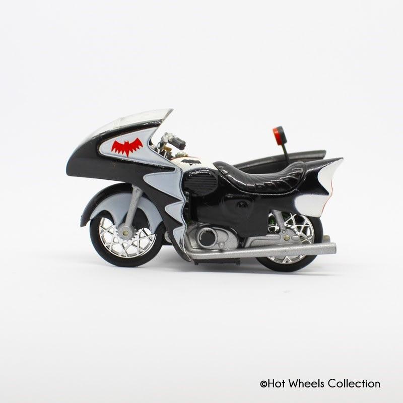 1966 TV Series Batcycle - M7098