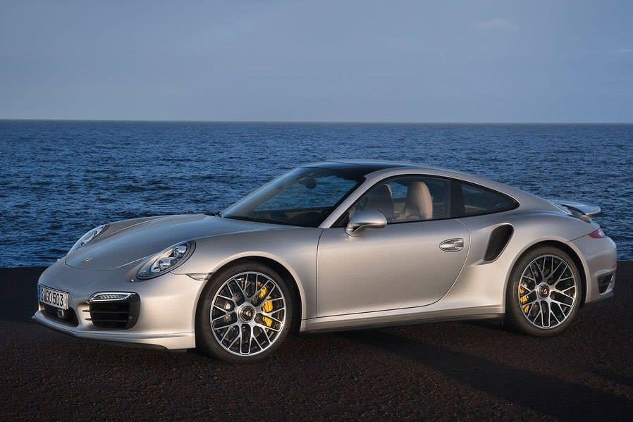 https://media.fastestlaps.com/porsche-911-turbo-s-991.jpg