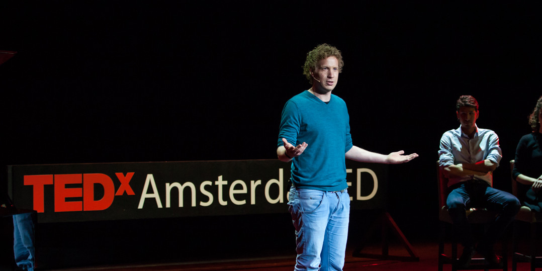 Afbeelding voor Pitch and Present your idea or company.