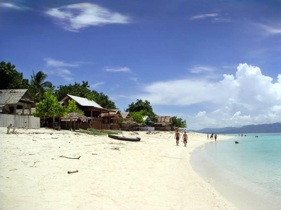 Pantai Tanjung Karang Palu
