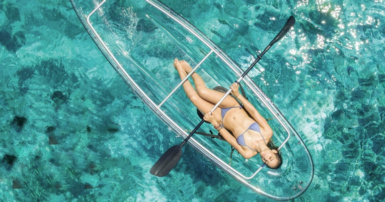 Perahu Bawah Transparan