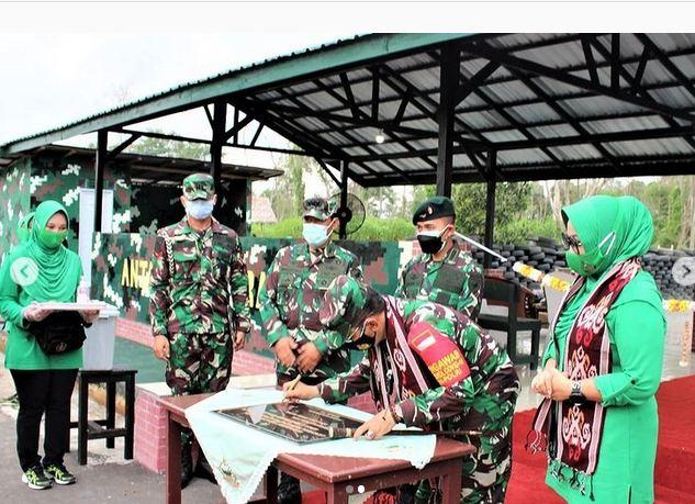 Lapangan Tembak Pistol Satria Wibawa 15 di Resmikan Danrem102/Pjg.