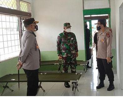 Upaya mengantisipasi melonjaknya kasus COVID-19 aktif dilakukan di Barito Selatan .