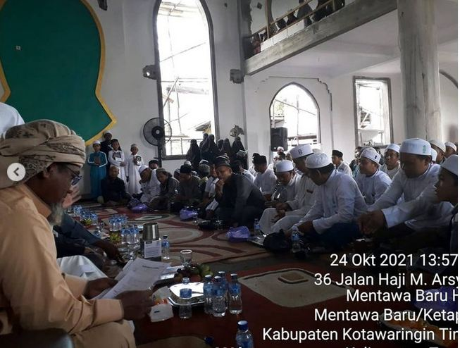 Kodim 1015/Sampit Menghadiri Tabligh Dan Peringatan Maulid Nabi Muhammad SAW