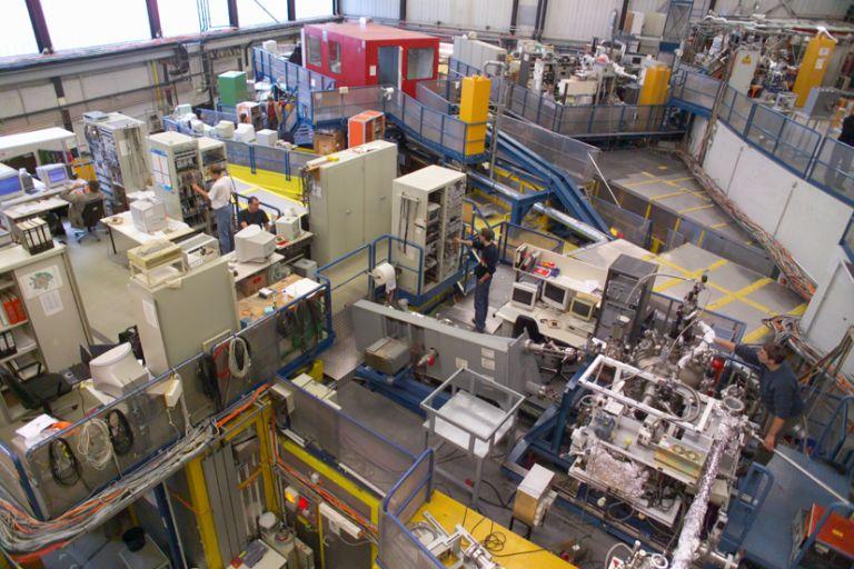 Лаборатория HASYLAB, где и проводились эксперименты 1996 года.