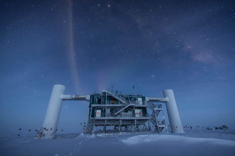 Внешний вид обсерватории _IceCube_