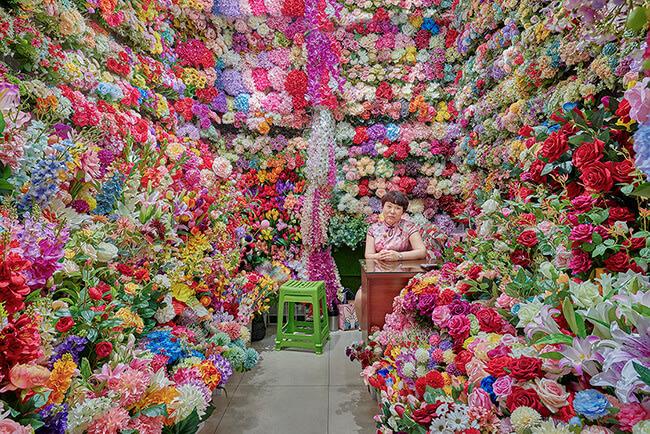 Flower Vendor, Yiwu, China 2019 - David Burdeny