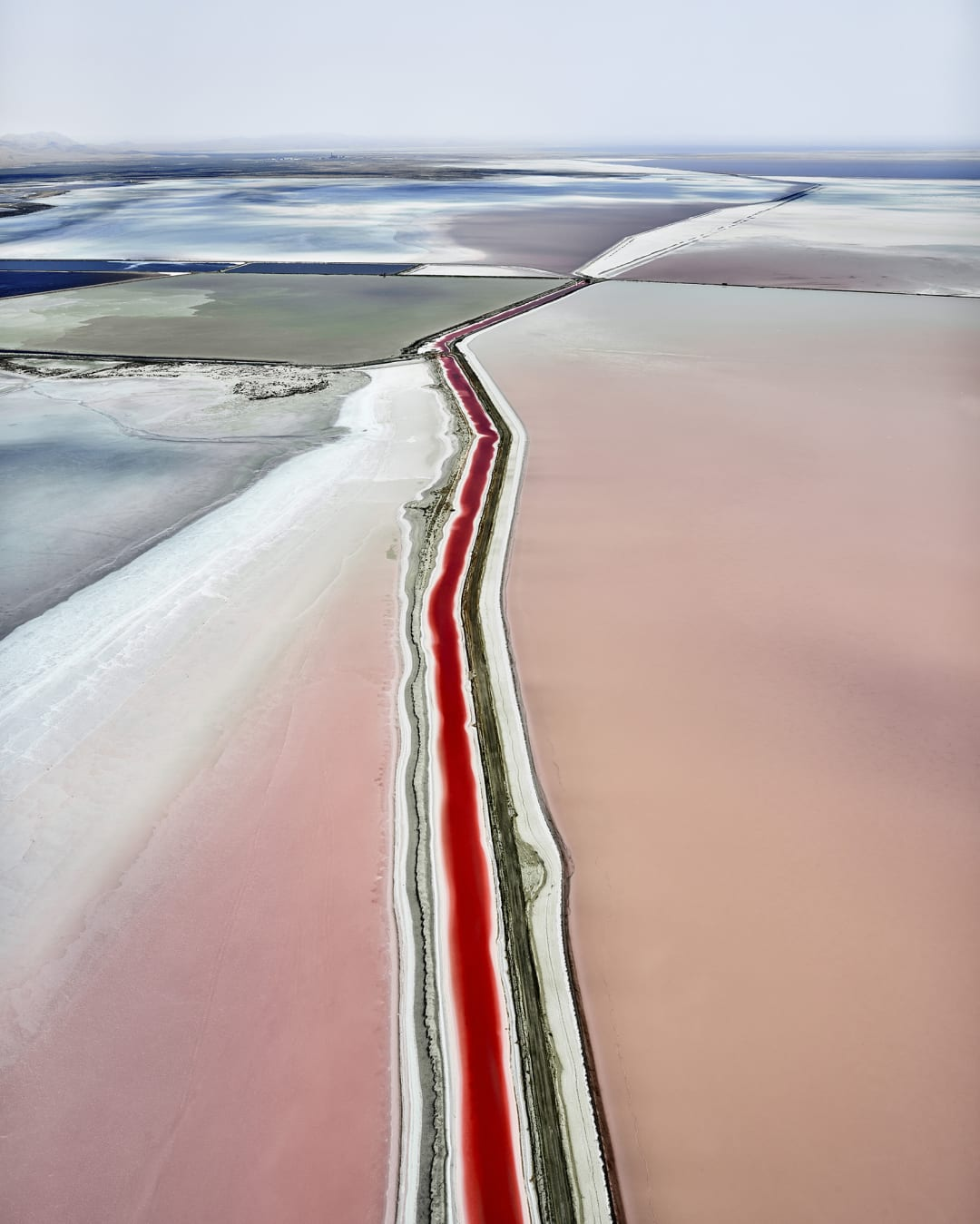 'Parralex, Great Salt Lake, UT, 2017' - David Burdeny