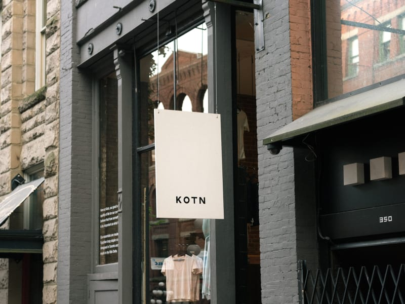 Vancouver | Open 11-7 | Kotn