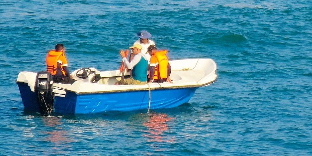 dehiwala mount lavinia boat race
