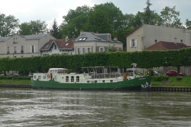 Johanna, aangemeerd in Lagny-sur-Marne