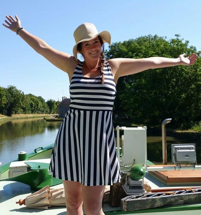 a happy traveler on barge Johanna