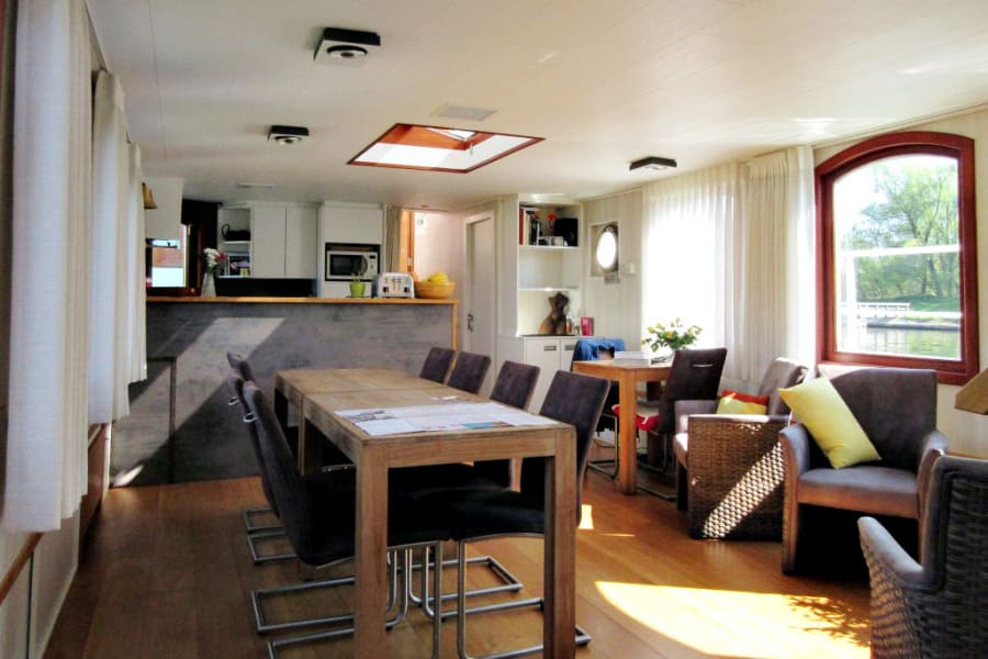 dining lounge, Barge Johanna