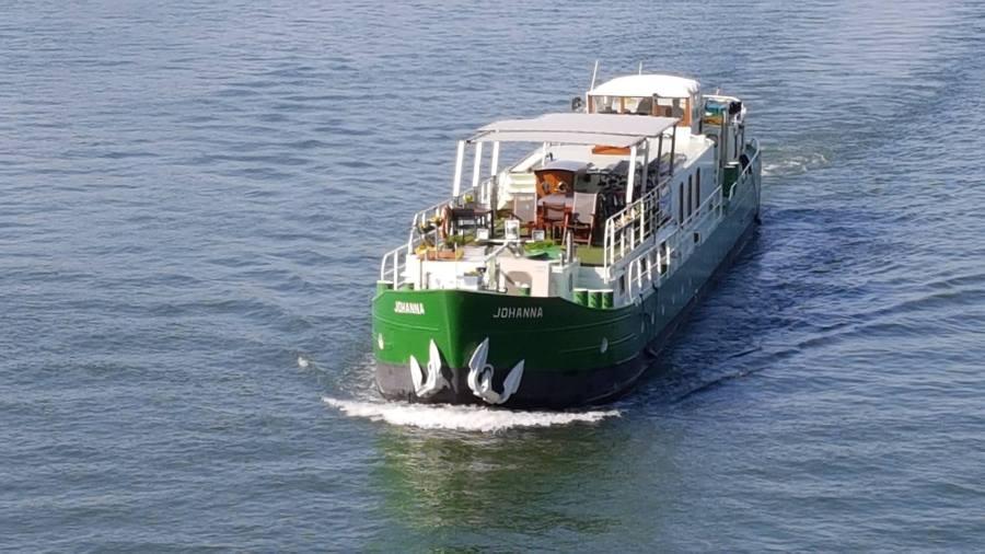 barge Johanna on the Seine river