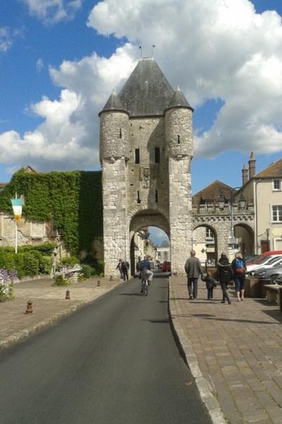 Moret sur Loing, middeleeuwse poort