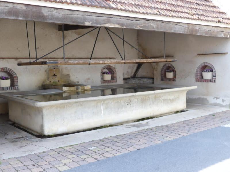 Hautvillers washing basin