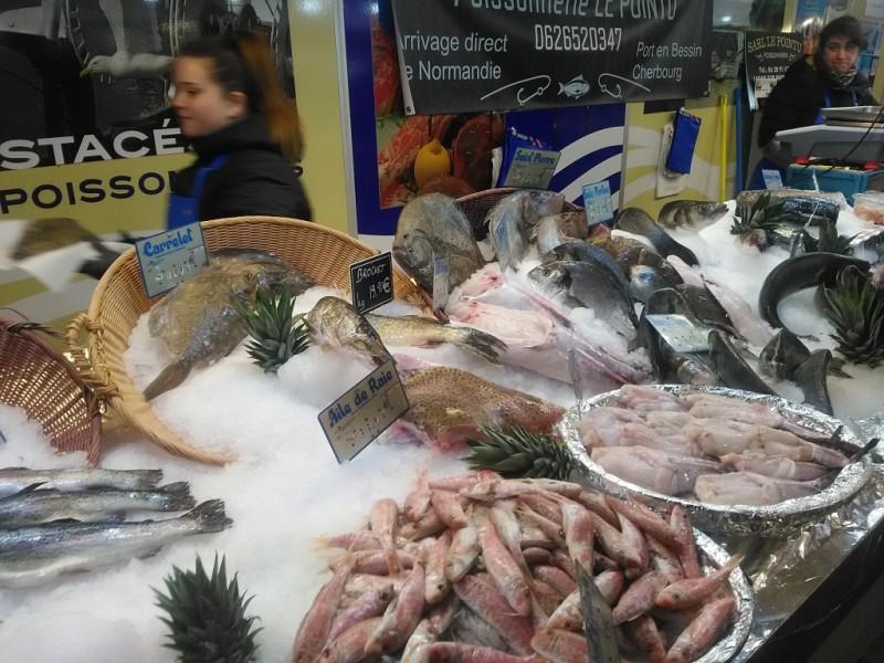 Verse vis op de markt van Lagny