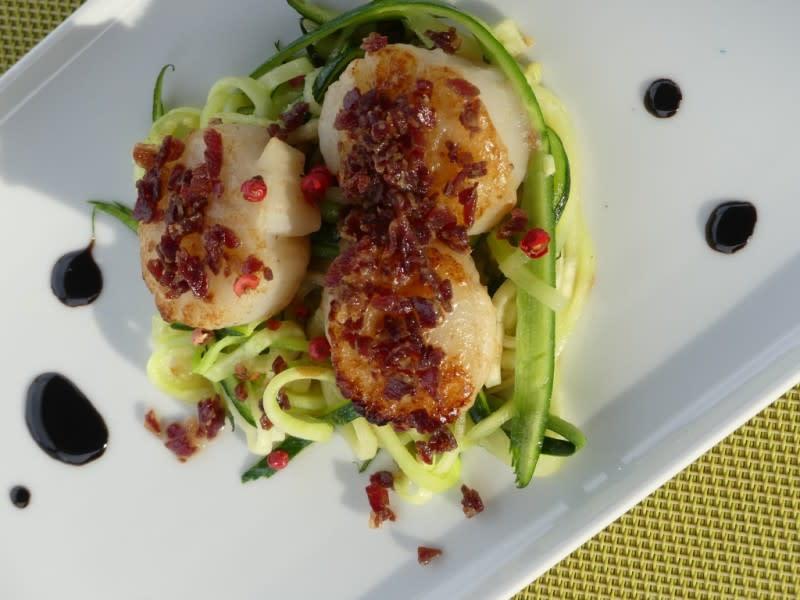 Scallops entry, delicious gourmet cuisine on barge Johanna cruises