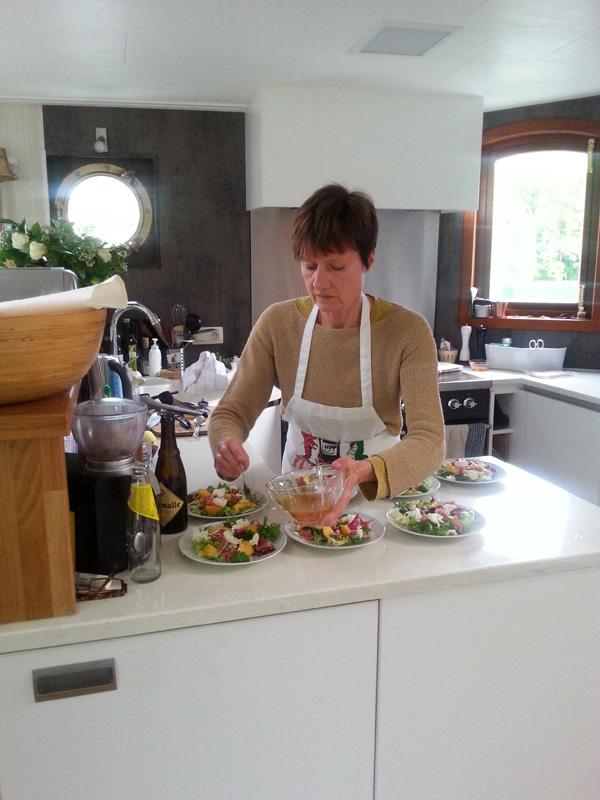 Patsie tovert in de keuken