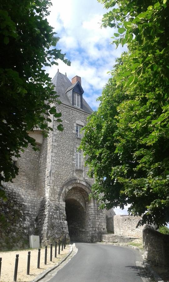 Montargis city gate