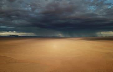 Regen in Wüste, Namibia