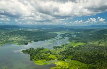 Panamakanal Flussfahrt