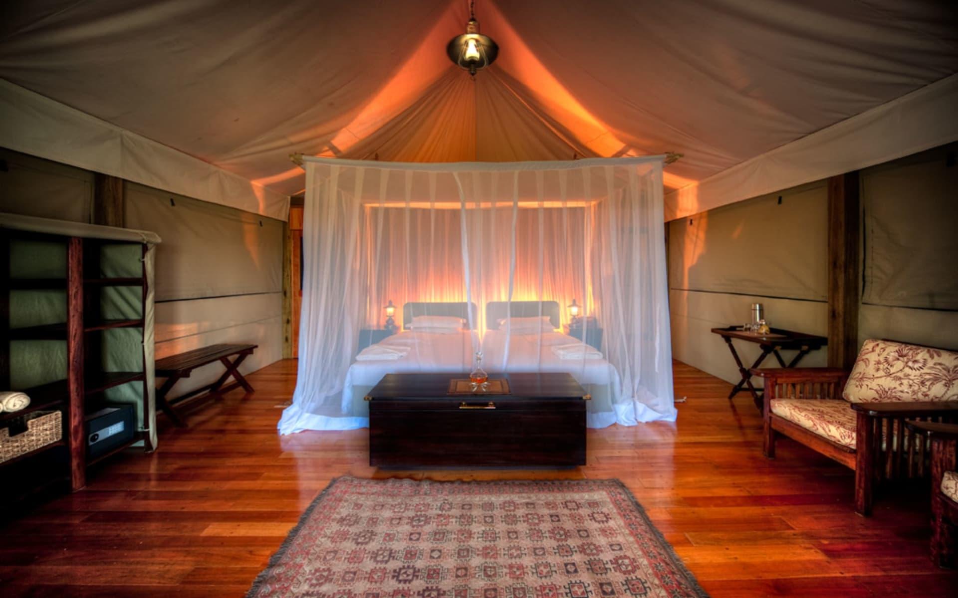 Kanana Camp in Okavango Delta: 10_172_02_Kanana Bedroom