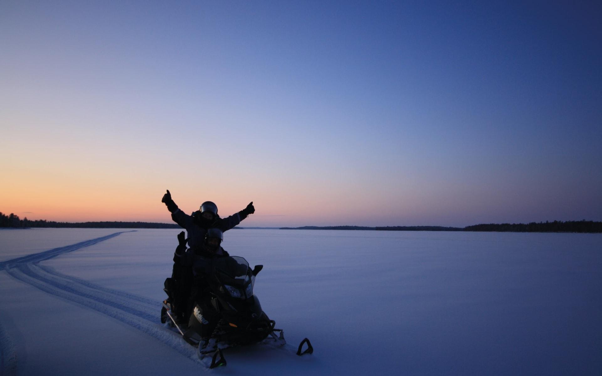 Brändön Lodge ab Luleå: 78_Snowmobile_wildernesshotels